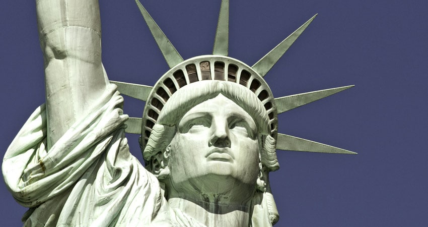 a-gti_New-York-Statue-of-Liberty-Close