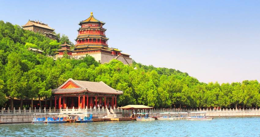 b-gti_School-Tour_Beijing_Summer-Palace
