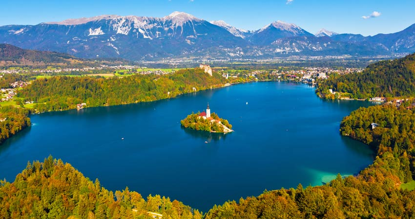d-gti_walking-slovenia-Bled2