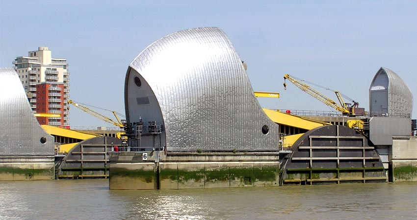 f-gti_school_Thames_Barrier